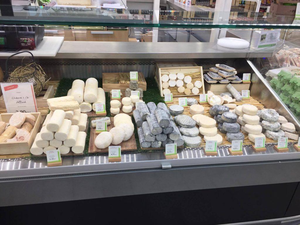 """Les Bons Plans à Bordeaux ont eu le plaisir de déguster quelques-uns des meilleurs produits de halle """"L'heure du Marché"""" de Mérignac - Fromagerie Beillevaire"""