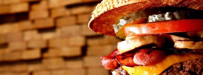 Les Bons plans à Bordeaux présentent : On a testé pour vous le Burger Bar ! Présentation des produits disponibles et notre avis ! 4