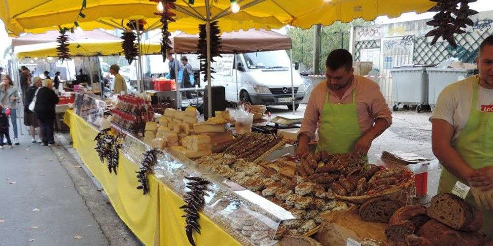 Les bons plans à Bordeaux présentent : Le bon goût d'Aquitaine revient ce week-end ! Le plus grand marché à ciel ouvert est de retour pour une 16e édition