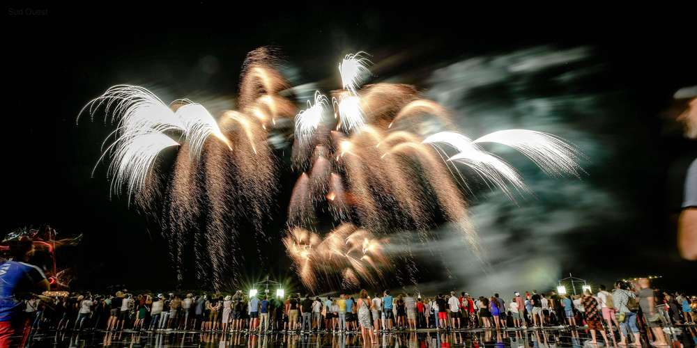 Un nouveau feu d'artifice aura lieu le 14 septembre pour compenser l'arrêt prématuré du feu d'artifice le soir du 14 Juillet.
