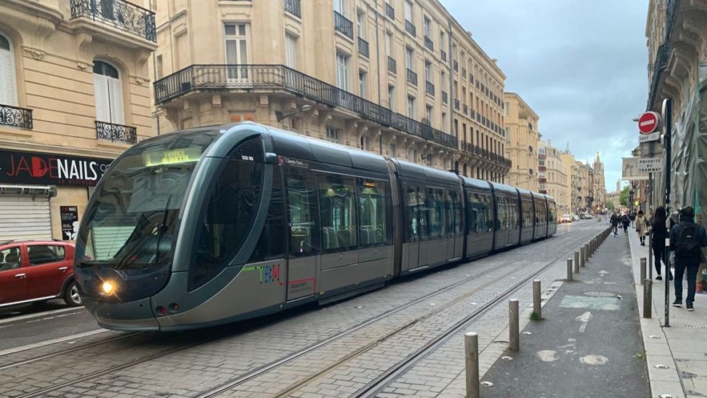 Les bons plans à Bordeaux présentent : La ligne du tram D bientôt lancée, découvrez la date exacte.