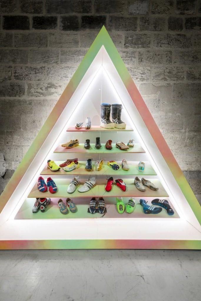 La plus grande exposition de sneakers en Europe a ouvert au Musée des Arts Décoratifs et du Design à Bordeaux le vendredi 19 juin 2020. Elle s'achèvera le 10 janvier 2021.