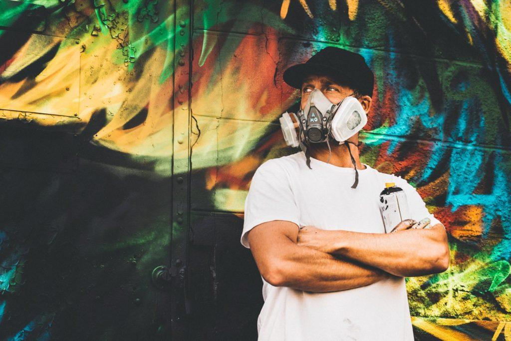 """Retrouvez aujourd'hui l'interview rapido """"Mon Bordeaux"""" avec A-MO, street artist bordelais"""